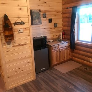 bear lake cabin with large kitchen